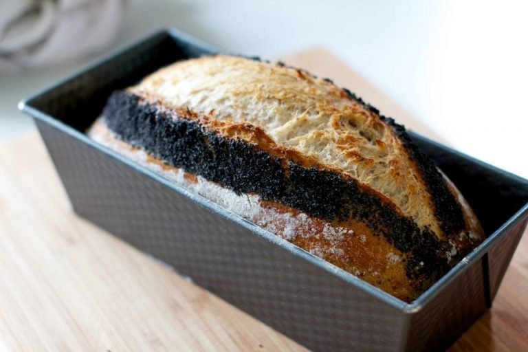 How to learn to bake bread