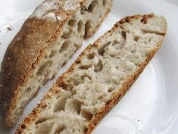 how does a levain make bread rise