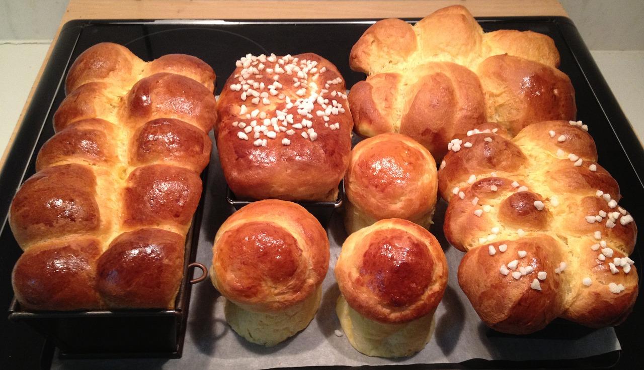 Freshly baked brioche bread
