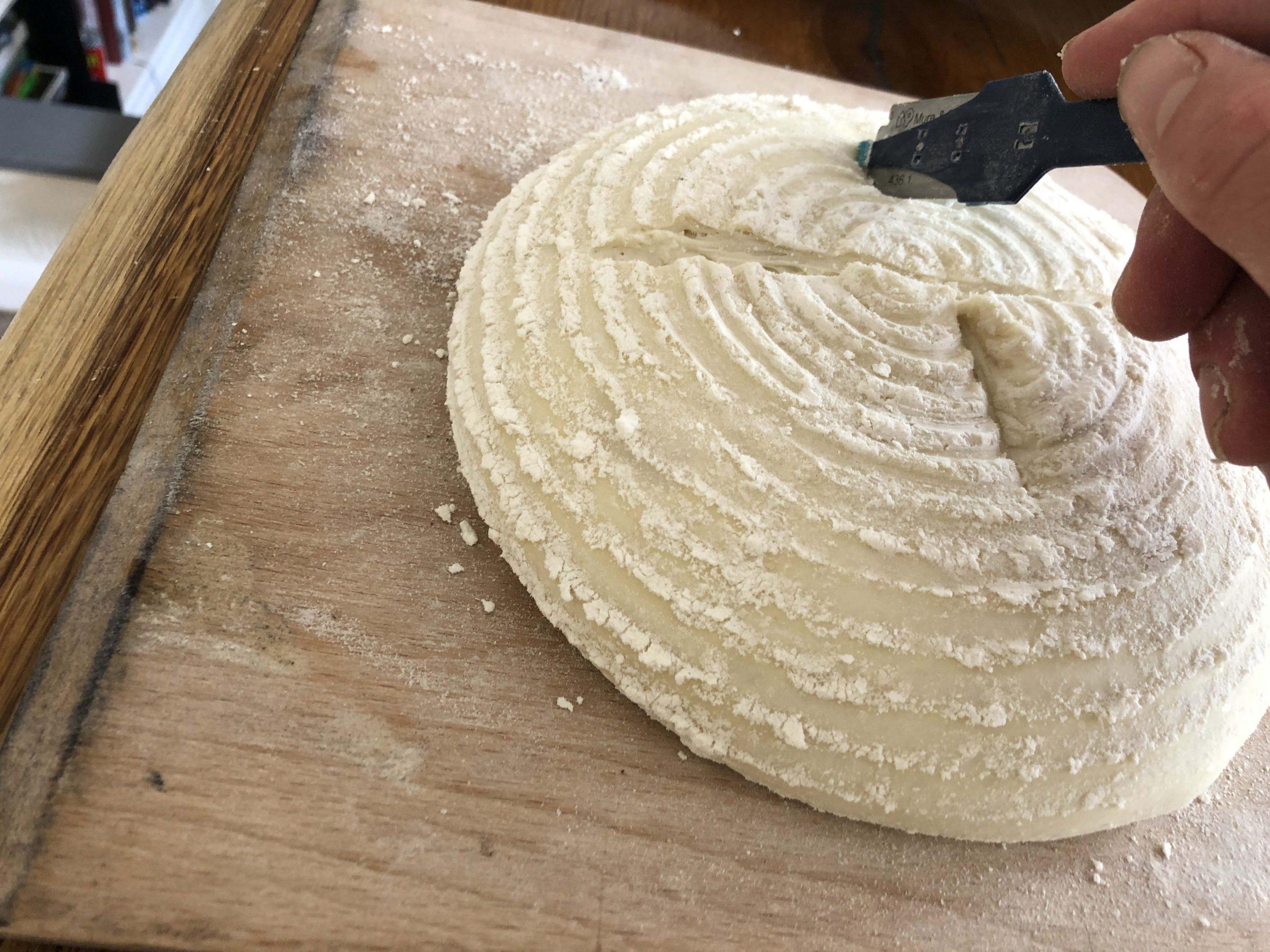 turn the dough 180 a make the last cut