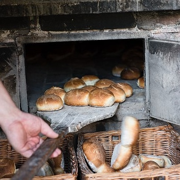 Secrets of Baking Bread in a Home Oven