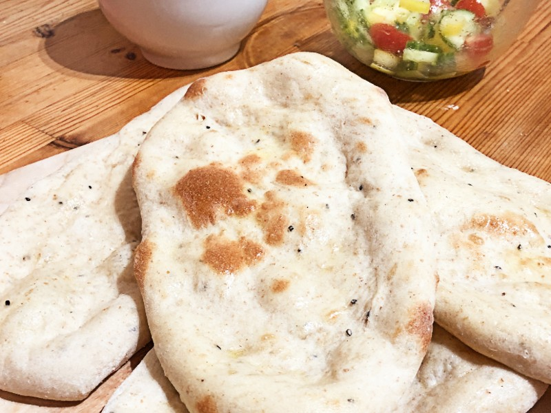 The difference between pita and naan