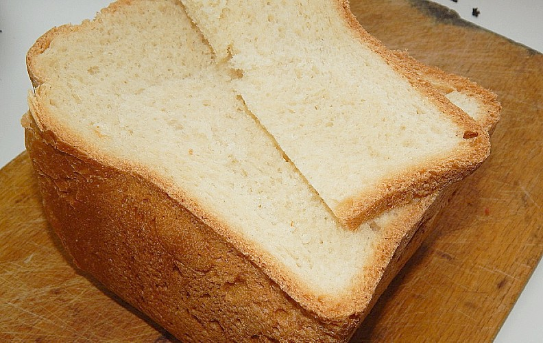 Sandwich bread makes the best bread for stuffing