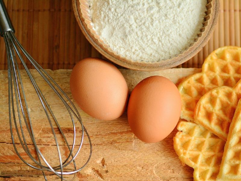 Does sourdough bread have eggs in it?