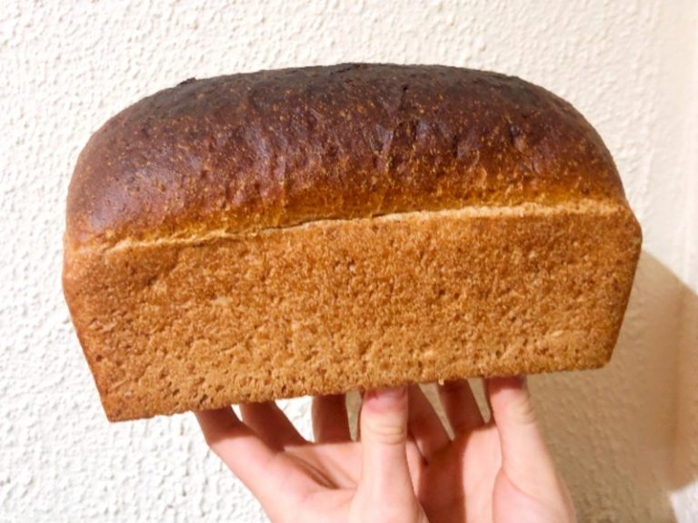 Is sourdough healthier than whole wheat bread